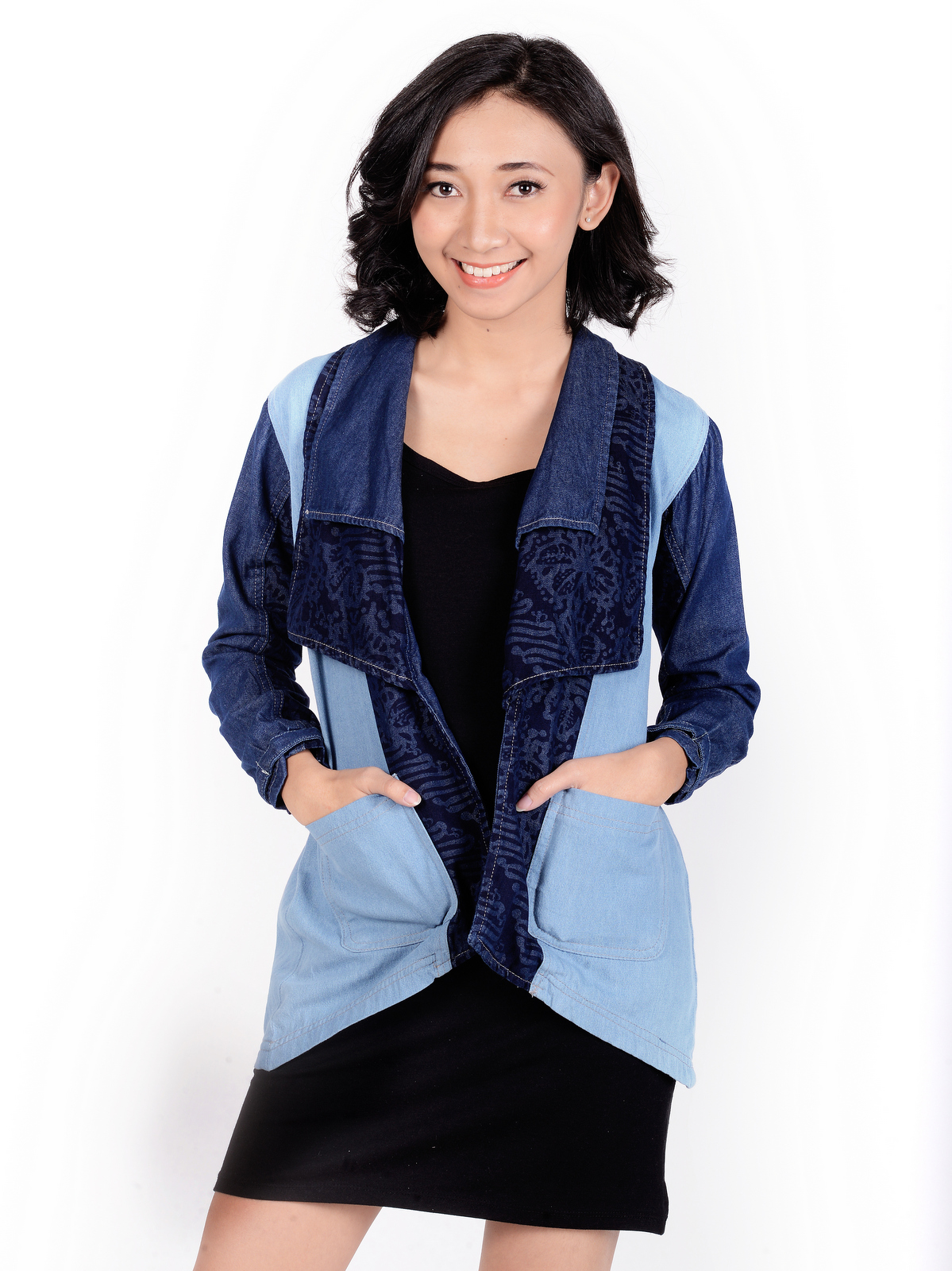 Aleyna Dylan Outer